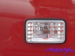 Toyota E8E9 Diamond Look Fender Indicators (pair)-1084